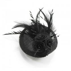 Accessoire de coiffure ou broche en sisal et plumes noir