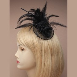 Chapeau mariage Accessoire de coiffure ou broche en sisal et plumes noir