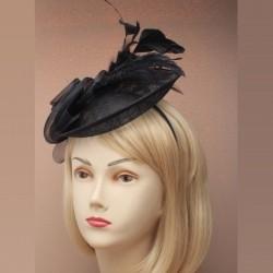 Chapeau mariage Accessoire cheveux en sisal noir et plumes