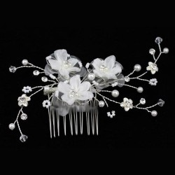 Peigne mariage fleurs satin blanc et perles
