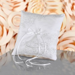 Coussin mariage alliances broderie fil metal