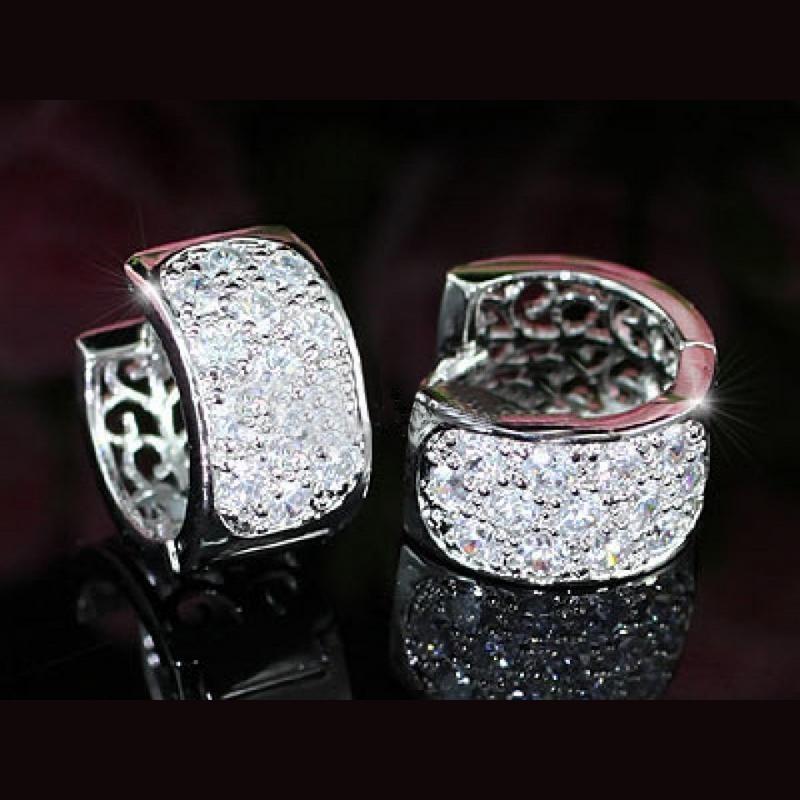 Mini anneaux larges effet diamant