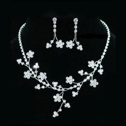 Parure bijoux mariage fleurs cristal