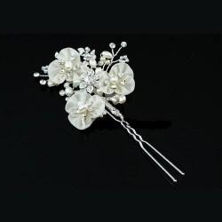 Epingle a cheveux de mariée fleurs ivoires, perles cristal