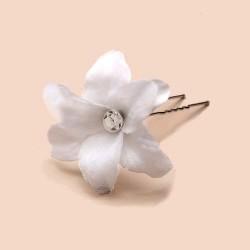 Epingle pour cheveux fleur voile coeur cristal