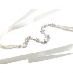 Vigne cheveux mariage perles et satin ivoire