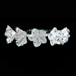 Peigne mariée arrondi fleurs cristal