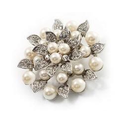 Broche en strass et perles ivoires et feuilles