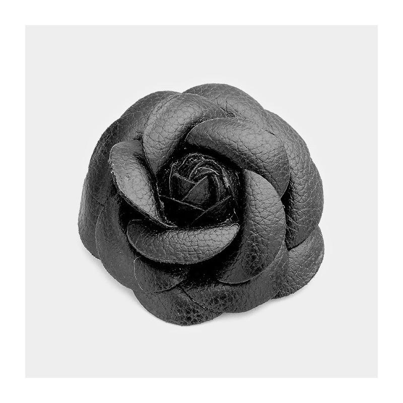 Broche fleur cuir noir