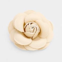 Broche fleur cuir ivoire
