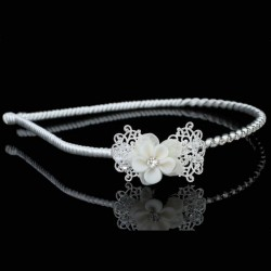 Diademe enfant fleur ceramique ivoire et cristal