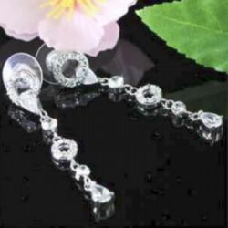 Boucles d oreilles longues en cristal