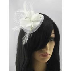 Chapeau mariage Fleur cheveux plumes strass et voilette blanc