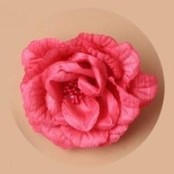Fleur rose fuchsia sur pince cheveux