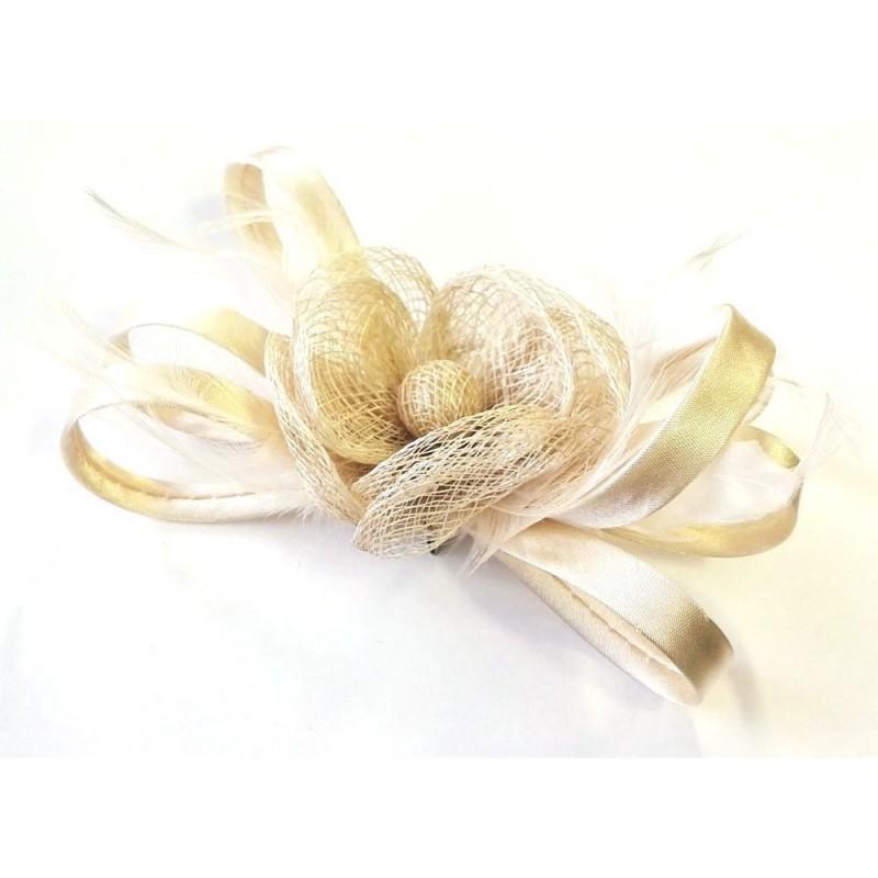 Chapeau de ceremonie en sisal ivoire creme