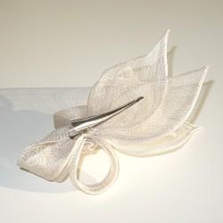 Accessoire coiffure en sisal blanc