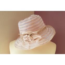 Chapeau léger d'été en voile de nylon, gaze et dentelle beige